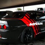 GTR32 wearing advan racing decals