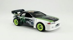 Monster Energy R32 Hotwheels custom by B Ismail Kustoms