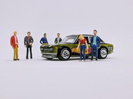 1:64 scale diorama figures - regular people