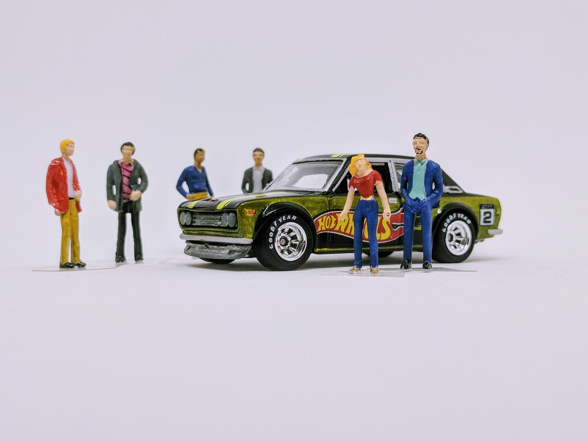 1:64 scale diorama figures - regular people