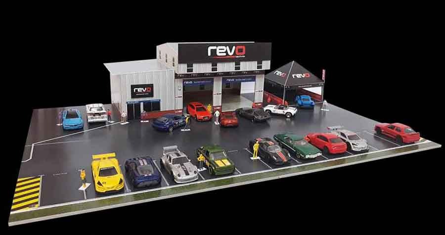 REVO Garage and race canopy diorama for 1:64 scale model cars
